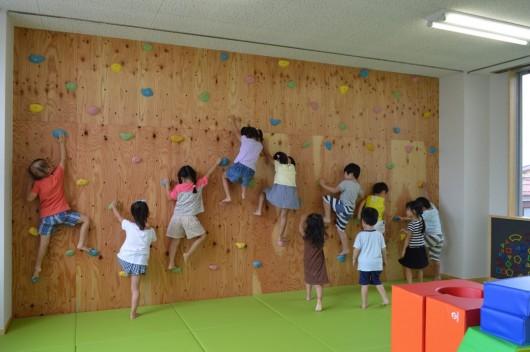 ボルダリングができる幼稚園